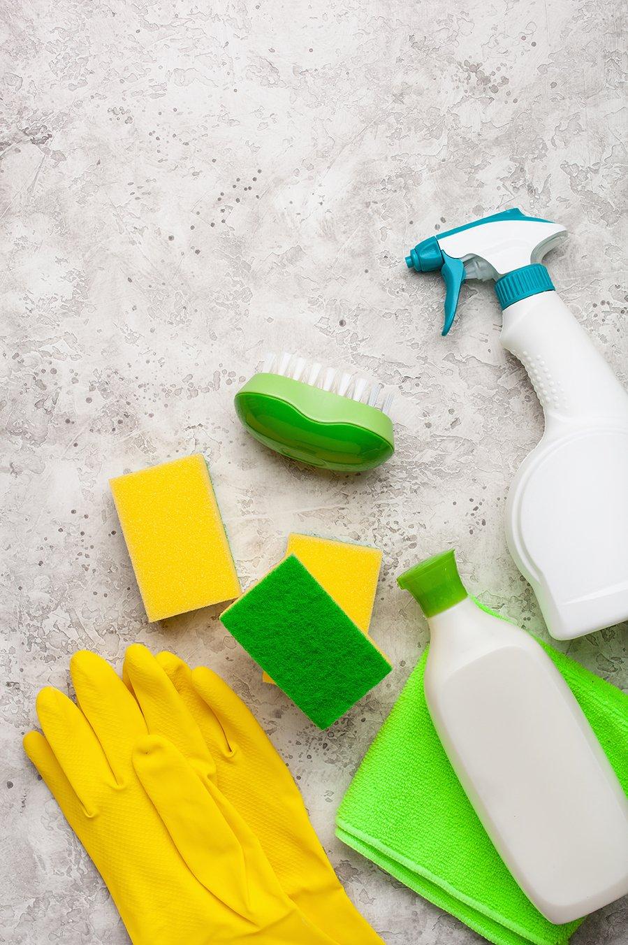 Cesto productos limpieza